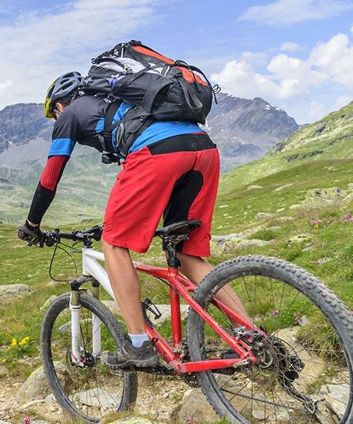 media/image/fahrradrucksacktest-mobile-headerktvgOwXoLt7fy.jpg
